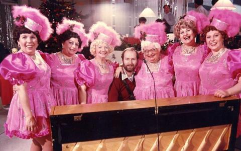 The Rolly Pollys with EJ on a Christmas PM@1