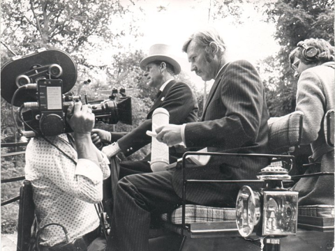 4 in Hand, Derek Smith directing, Jim on camera, Murray Clarke, sound 1975 or 6