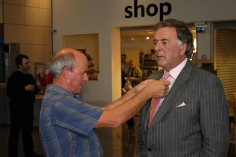 Dave Baumber (sound) with Terry Wogan (photo by Paul Vanezis, no reproduction without permission)