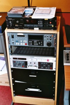 Studio 5 tape rack